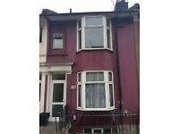 7 BEDROOM STUDENT PROPERTY JUST OFF LEWES RAOD. Upper Lewes Road (ref: 239)