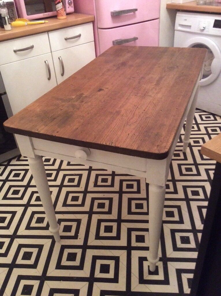 Lovely Solid Antique Farmhouse Dining Table In Blackheath London