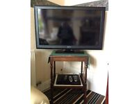 "Sony 40"" LCD HD TV & Freeviw box."