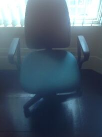 Used office or computer chair for sale £10 buyer must collect as cannot deliver call 07460764090