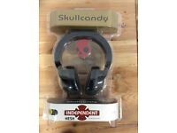 Skullcandy Hesh Independent Skateboard Headphones Black / White / Red New Sealed in Retail Packaging
