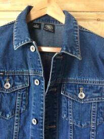 DKNY Ladies denim jacket ( M )