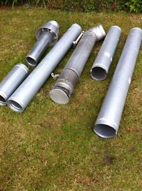 Assortment of galvanised flues