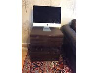 Two unit of TV in good condition for sale but not include delivery .