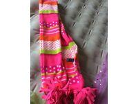 Gap bright scarf