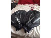 Ladies motorbike motorcycle leathers full set
