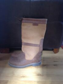 Orca Bay long leather boots - size 11/12 worn once, good condition