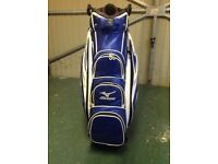 Mizuno Golf Bag. One year old. Perfect condition.