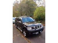 Nissan Navara 2.5 DC Aventura Black Pick Up