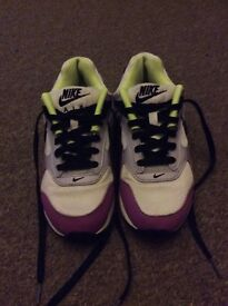 qhksp Nike roshe ladies size 6 new free post | in Thornhill, Cardiff