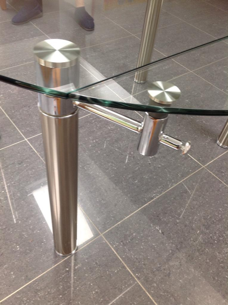 LARGE GLASS ROUND DINING TABLE