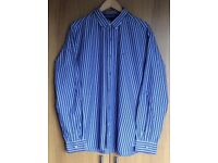 TOMMY HILFIGER MENS BUTTON COLLAR BLUE WHITE STRIPED SHIRT. SIZE LARGE.