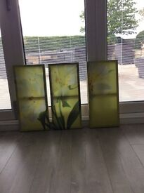 Green floral canvses
