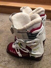 Ski boots Dalbello