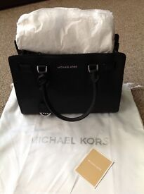 Michael Kors Dillon Satchel Leather handbag