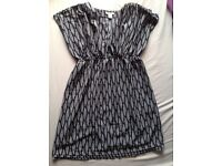 Size 12-14 maternity dress £2 HAROLD HILL