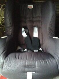 Britain Eclipse car seat 9-18kg.