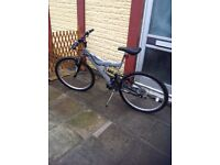 """Shockwave 550 mountain bike 26""""wheel 18.5 frame, some attention needed by handlebar, silver off"""