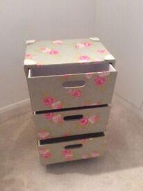 Storage Unit , 3 Drawers