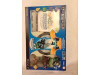 Games. Skylanders: Spyro's Adventure Starter Pack (PS3) and 10 Skylander figures