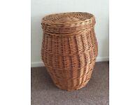 Ali Baba style laundry basket
