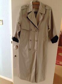 Long Nauge cream rain coat, size. 14, good condition