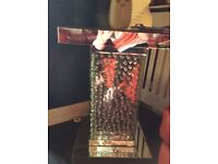 Mirror sidetable with bubble effect