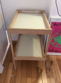 Changing table for 1to12 months old
