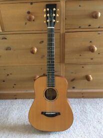 Tanglewood travel / Small body accoustic guitar