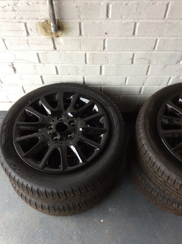 4x16 Alloys with Hankook tyres