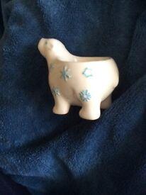 Polar bear egg cup