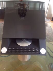 BANG AND OLUFSEN BEOSOUND 4 CD DAB AND MOMERY CARD IN MINT CONDITION PLEASE CALL 07707119599