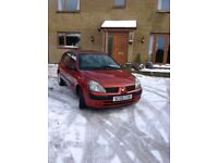 Renault Clio Expression 1.2 16V, rare 5 door Hatch. Great First Car