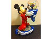 Mickey Mouse snowglobe