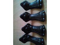 Vintage old cast iron bath feet display or use