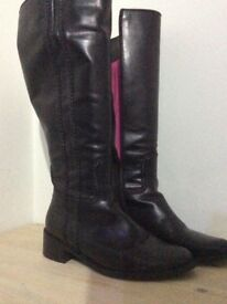 Duo Boots for sale