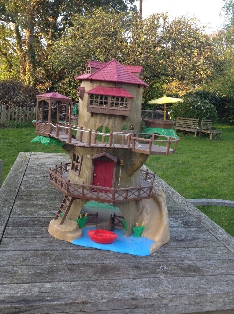 Sylvanian Tree House Old Oak Hollow Complete With Stickers In Claygate Surrey Gumtree