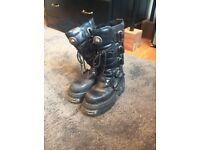 Unisex new rock boots size 7