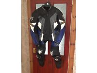 WOLF TWO PIECE LEATHER SUIT WITH KNEE SLIDERS