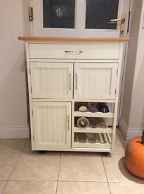 Country style kitchen cabinet