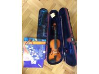 Stentor Student Violin 4/4 full size, bow, case, chin rest, pitch pipes, books. Excellent condition