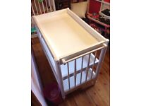 Mamas and papas baby change table