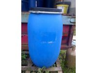 Clean 220 litre plastic water butt drum barrel