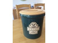 Green potery bread bin with wooden lid unwanted gift £5