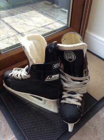 Mustang Ice Hockey Skates