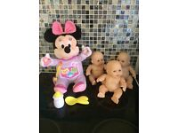Talking Minnie Mouse and dolls