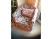 Bucket shape bedroom chair