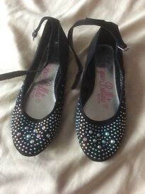 Girls sparkly party shoes size 3