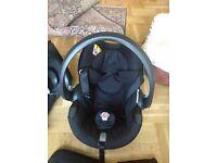 IZi go car seat plus ISO fix base