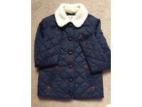 COAT - JACKET. WOMENS JACK WILLS BLUE QUILTED COAT WITH FUR COLLER. SIZE 8.